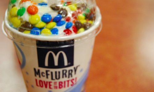 Koop snel een M&M McFlurry nu het nog kan