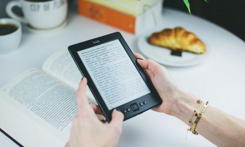 Dankzij deze tips lees je minstens één boek per week
