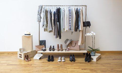 Capsule wardrobe: waarom je maar 37 kledingstukken nodig hebt