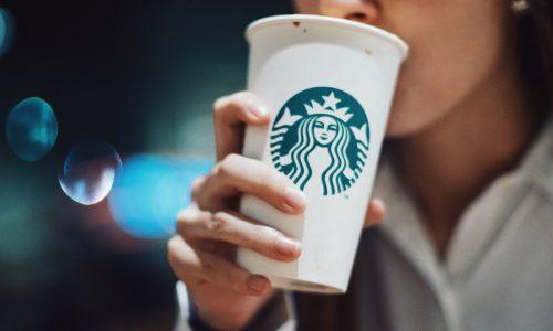 Koffieliefhebber? Dit is de waarheid over je kartonnen wegwerpbeker