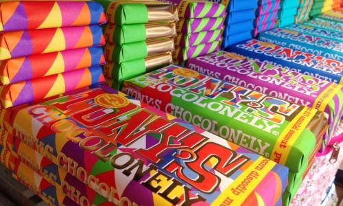 Het verhaal achter Tony Chocolonely: Van chocoladecrimineel tot wereldverbeteraar